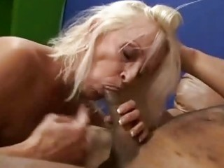 old demonstrates off her expert dick licking