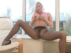 michelle - italian hose strapy high heel tease