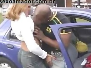 dick sucking into car - outdoor