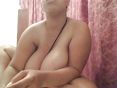 webcam clip 1456 - large natural boobs during