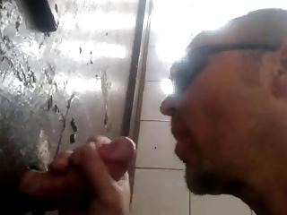 gloryhole milking