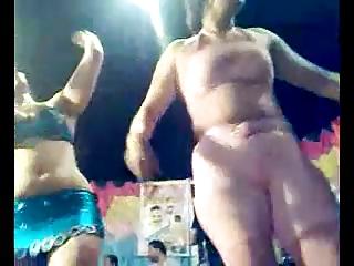 extremely impressive arab dance 17