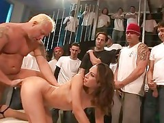 anal loving lady amber rayne likes the thick
