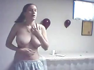 chubby beauties hawt naked dance